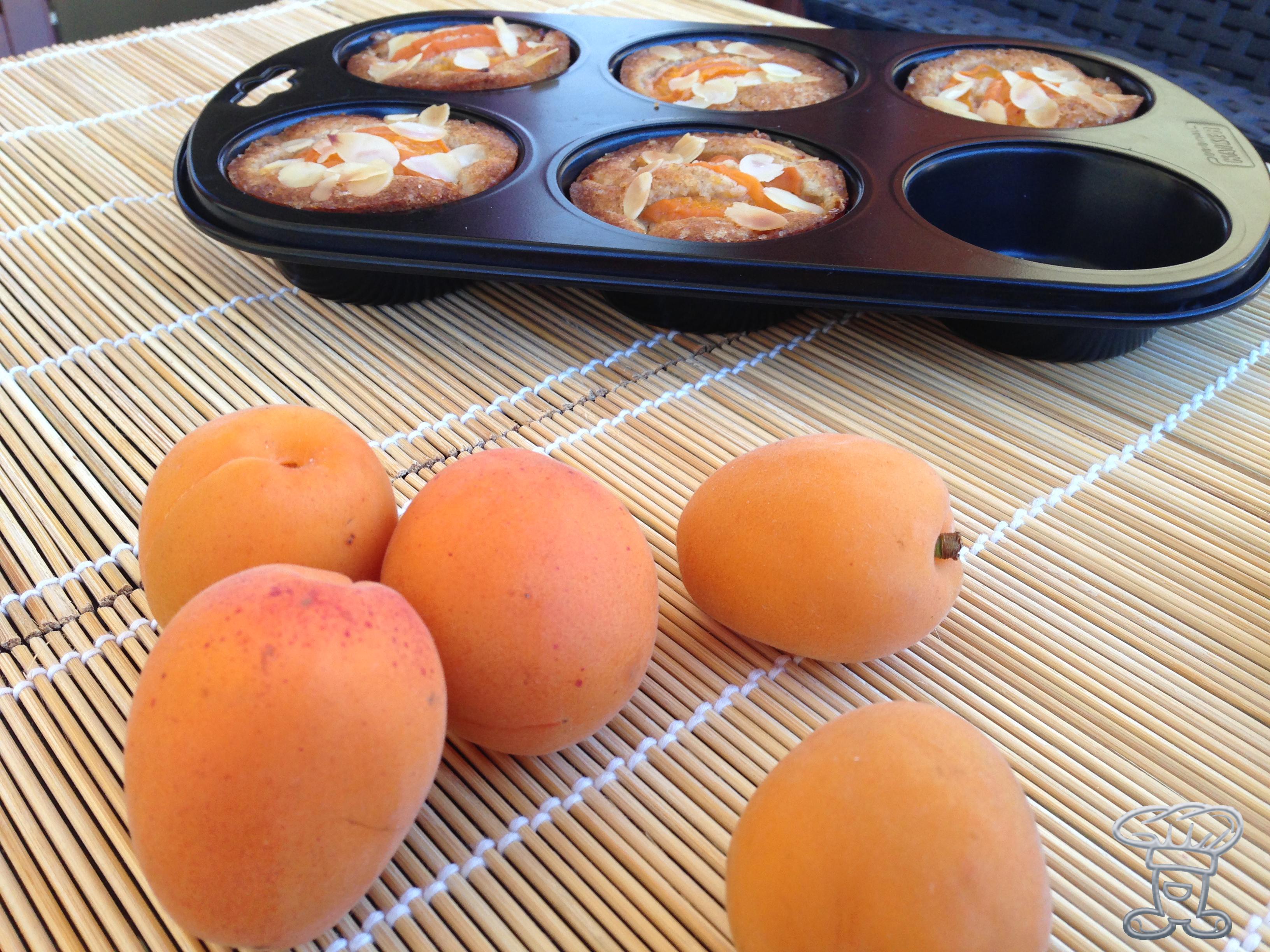 img_3090 Mini Muffin alle Mandorle e Albicocche (senza burro!!!)