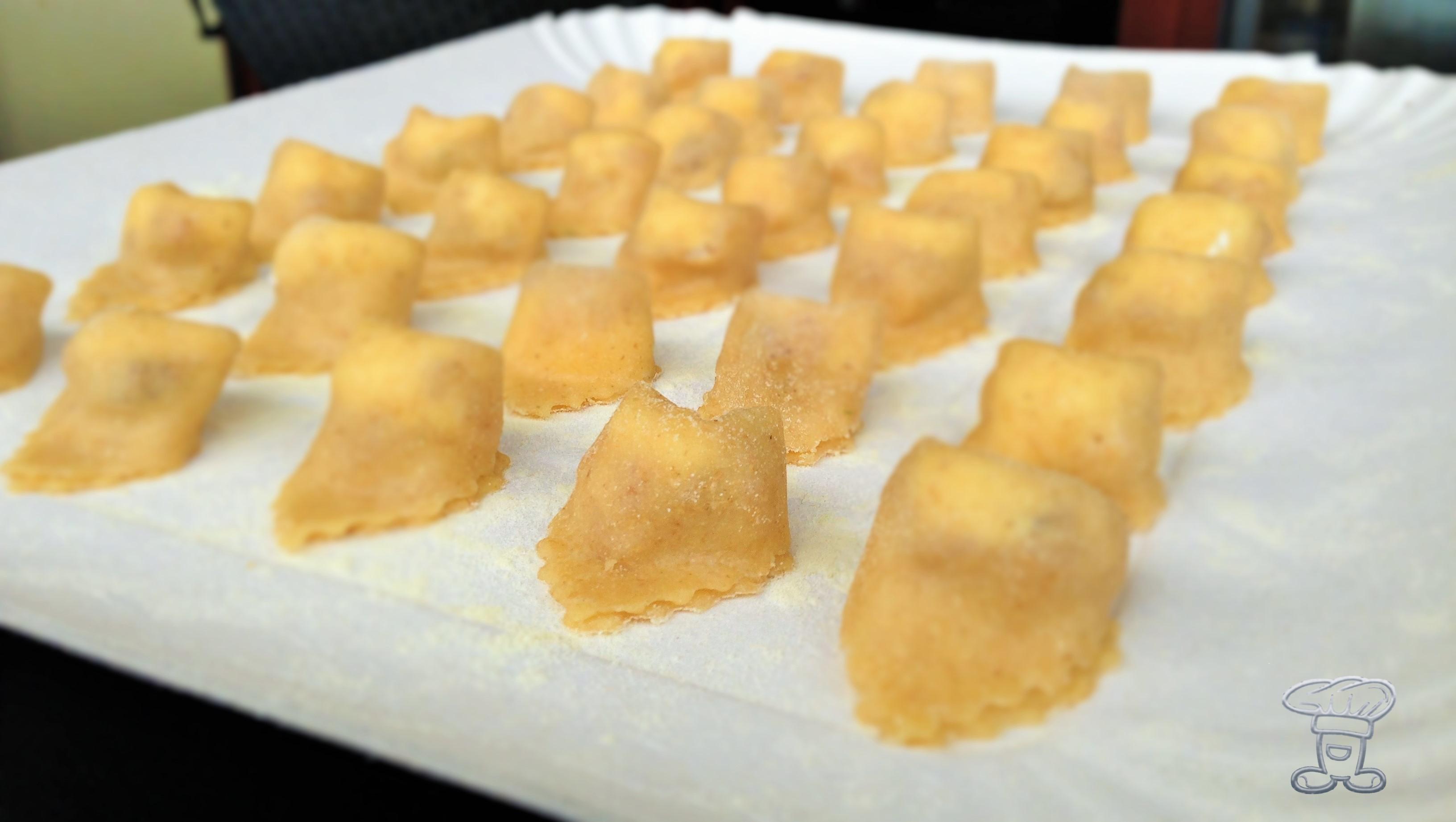img_3758 Tortellini fritti ripieni di Capocollo di Calabria DOP e formaggio cremoso