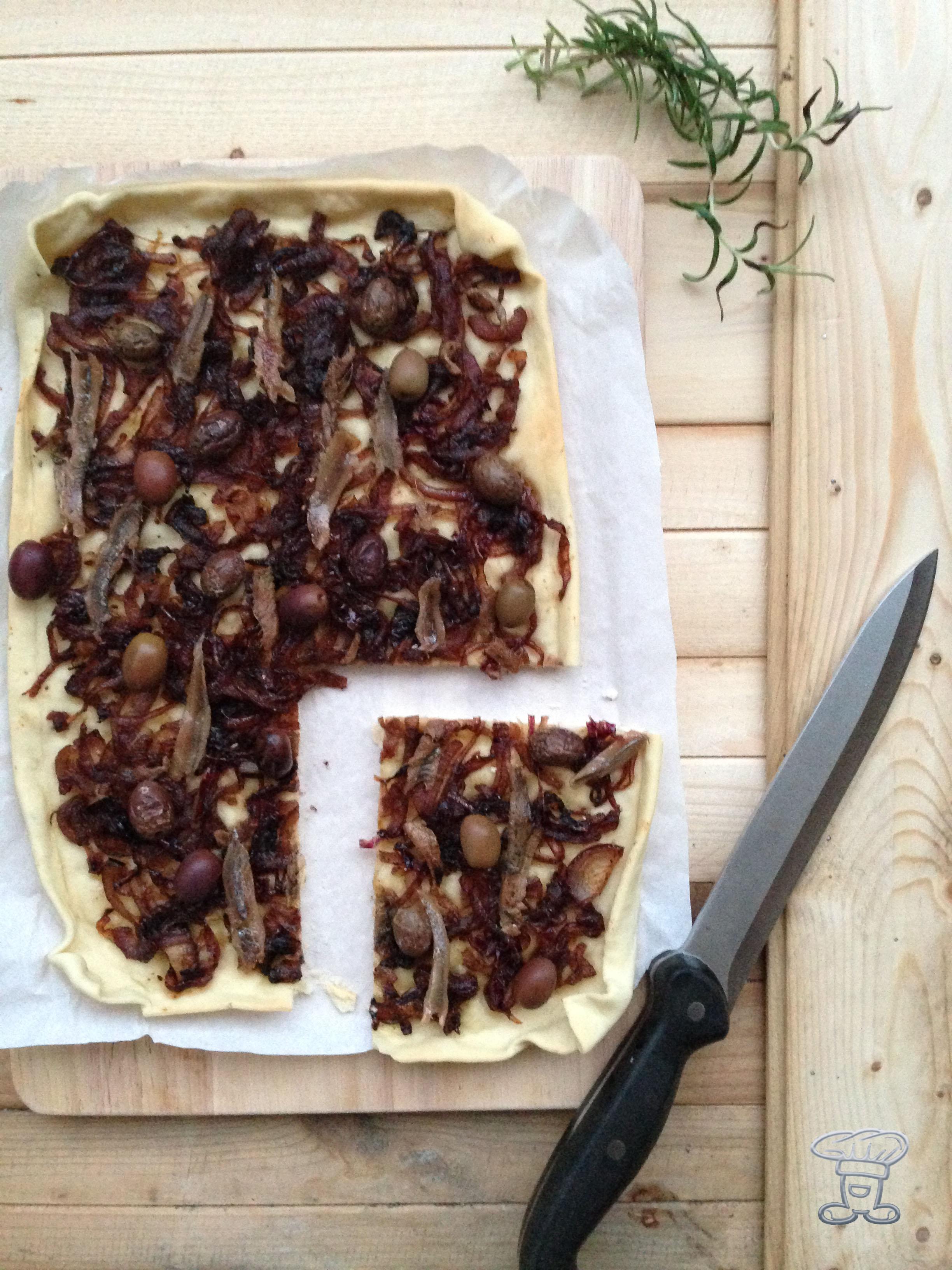 img_4454 Pissaladière con acciughe, cipolle ed olive nere