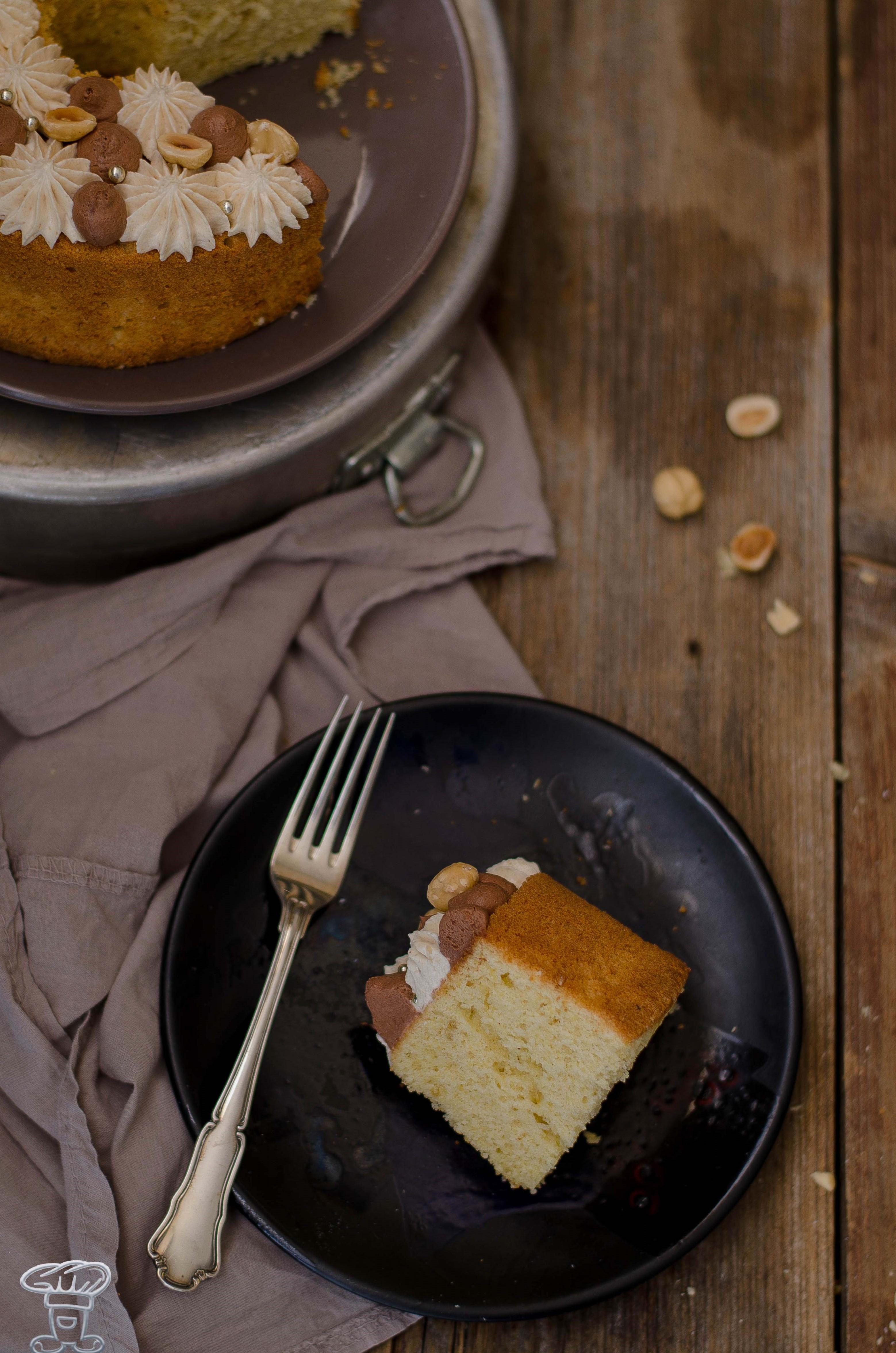sponge_nocciole7 Fluffosa (ovvero chiffon cake) alla Pasta di Nocciole