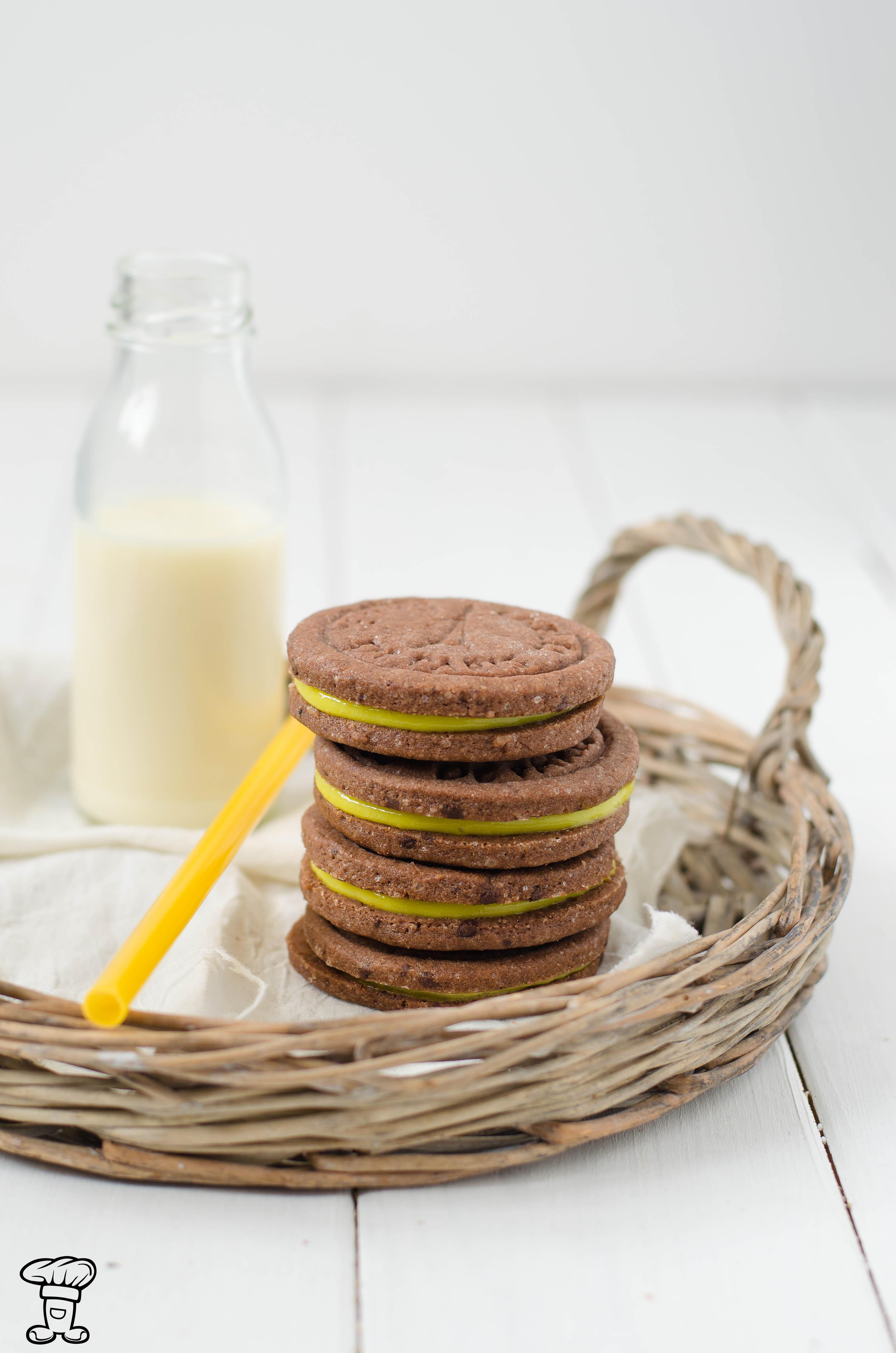 Biscotti-cacao-pepe-lemon-curcuma3 Biscotti al cacao e pepe ripieni di lemon curd alla curcuma