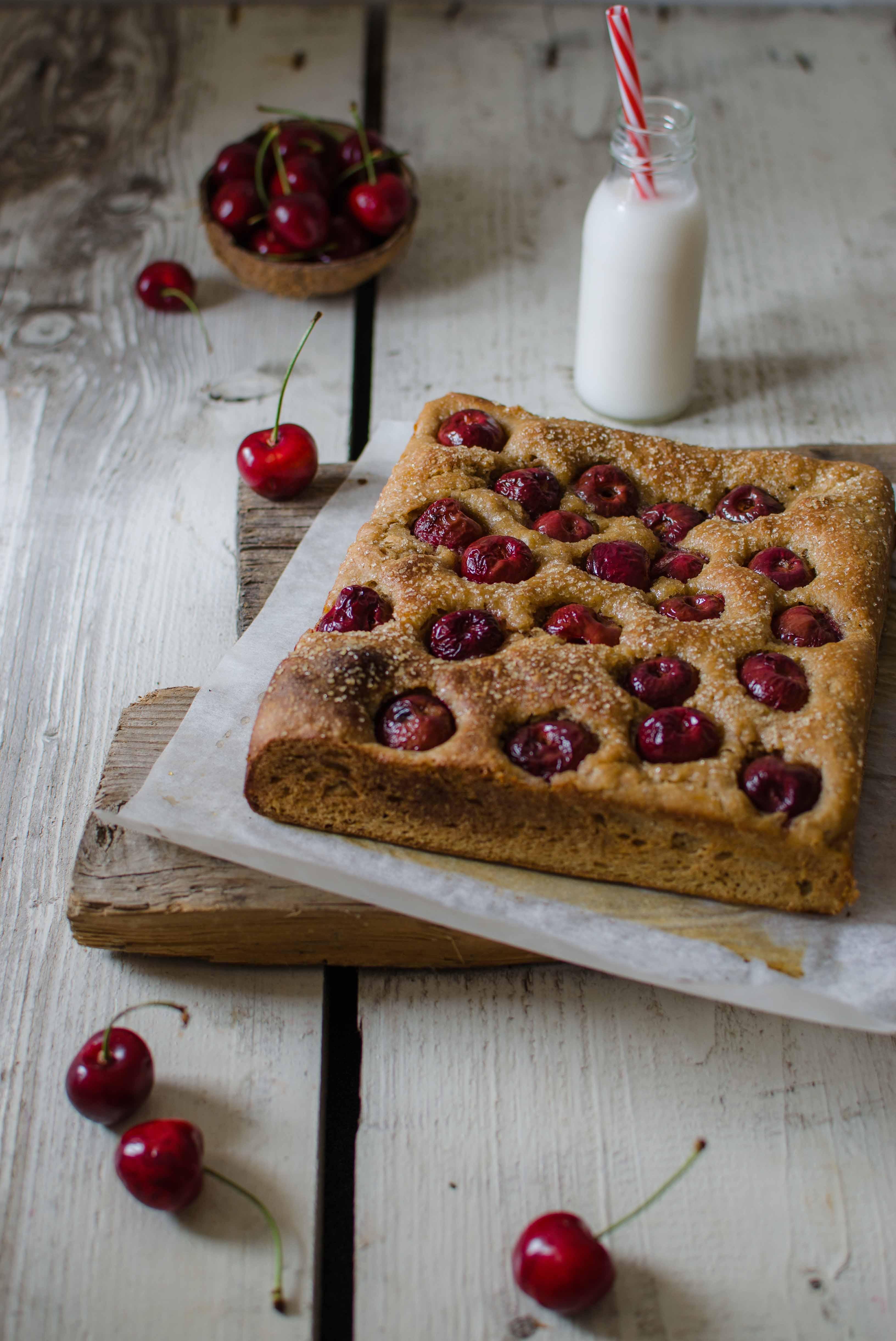 focaccia_ciliegie2 Focaccia dolce con ciliegie