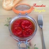 Composta di Pomodori Ciliegia e Vaniglia