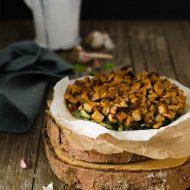 Torta rustica di spinaci, cavolo nero e frutta secca