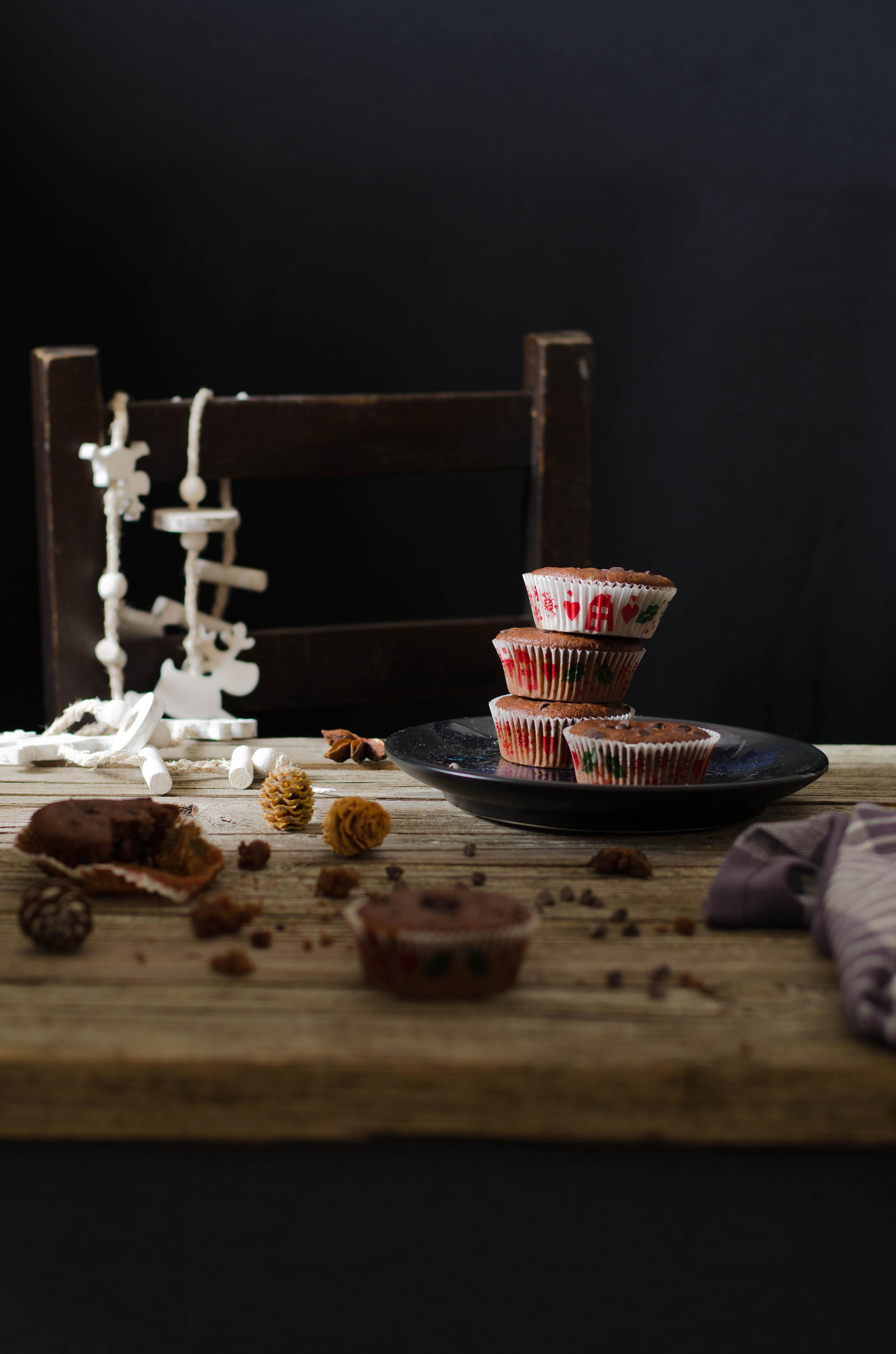 cupcake_cacao_meringa Cupcakes al doppio cioccolato, crema meringa, mascarpone e cacao