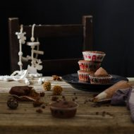 Cupcakes al doppio cioccolato, crema meringa, mascarpone e cacao