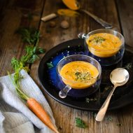 Vellutata di carote con latte di semi di canapa
