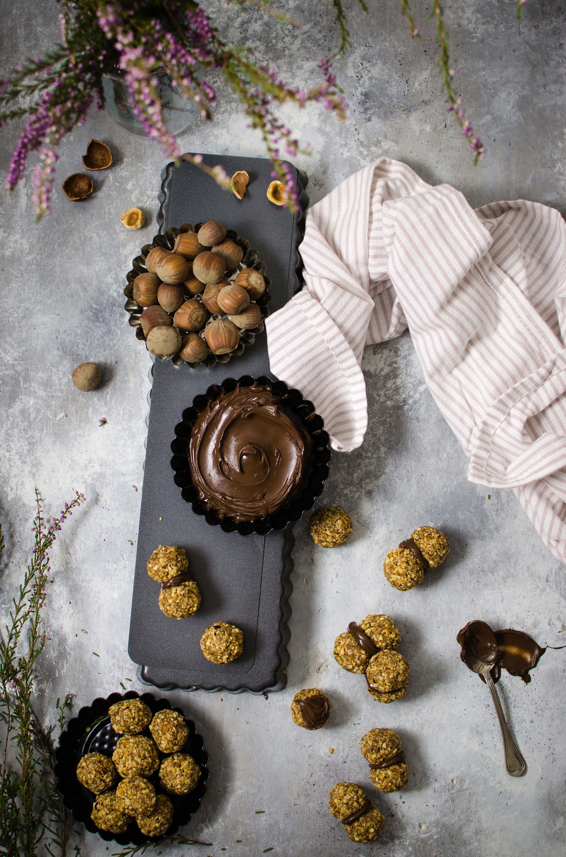 biscotti-nocciole-fichi Baci di dama con nocciole e fichi (senza uova)