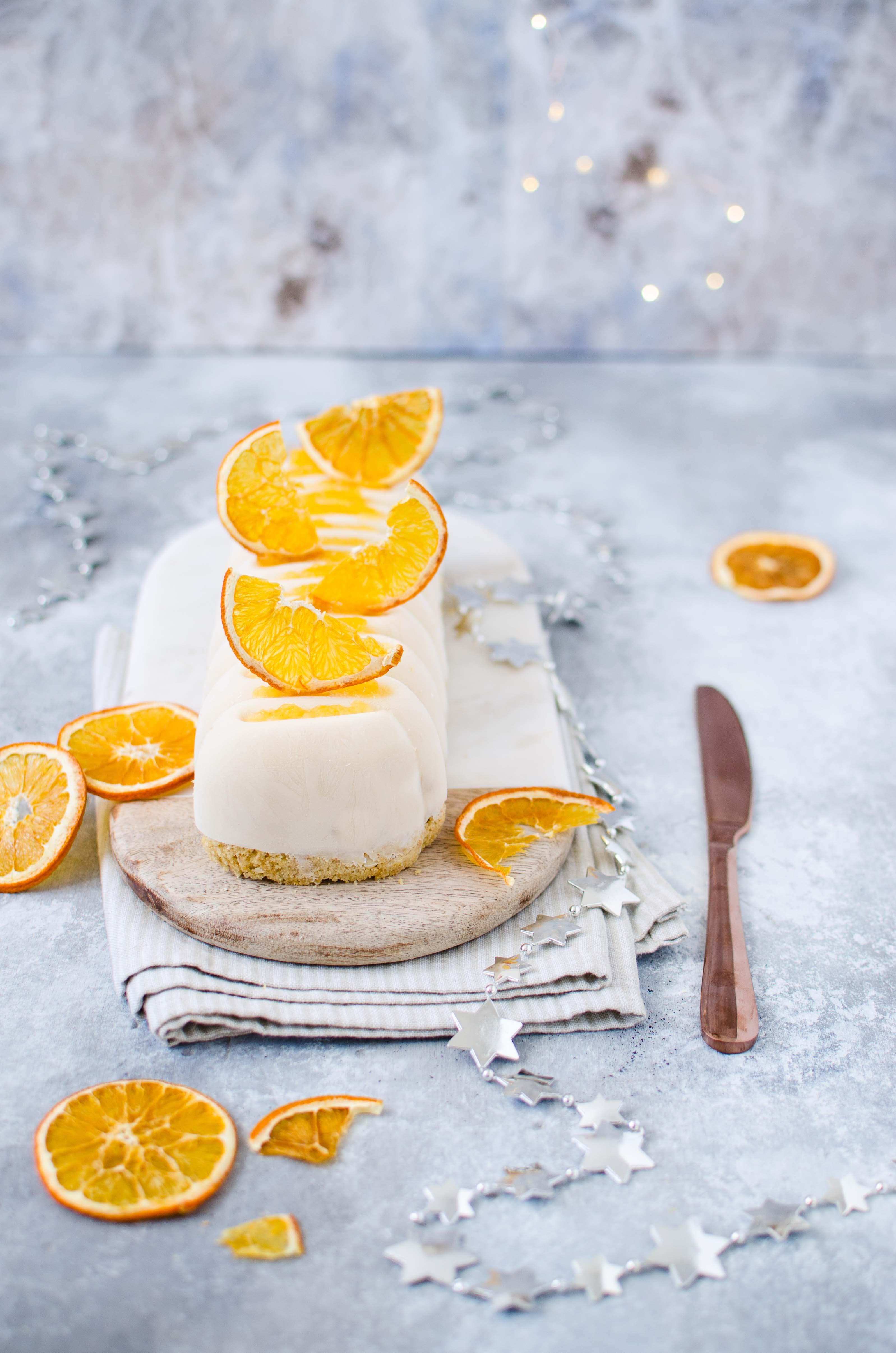 tronchetto-arancia Tronchetto di gelato alle mandorle con gelée all'arancia