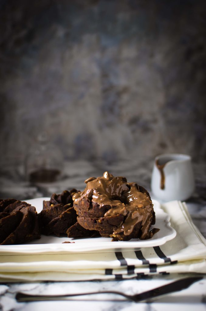 Piccole bundt cake pralinate, senza glutine