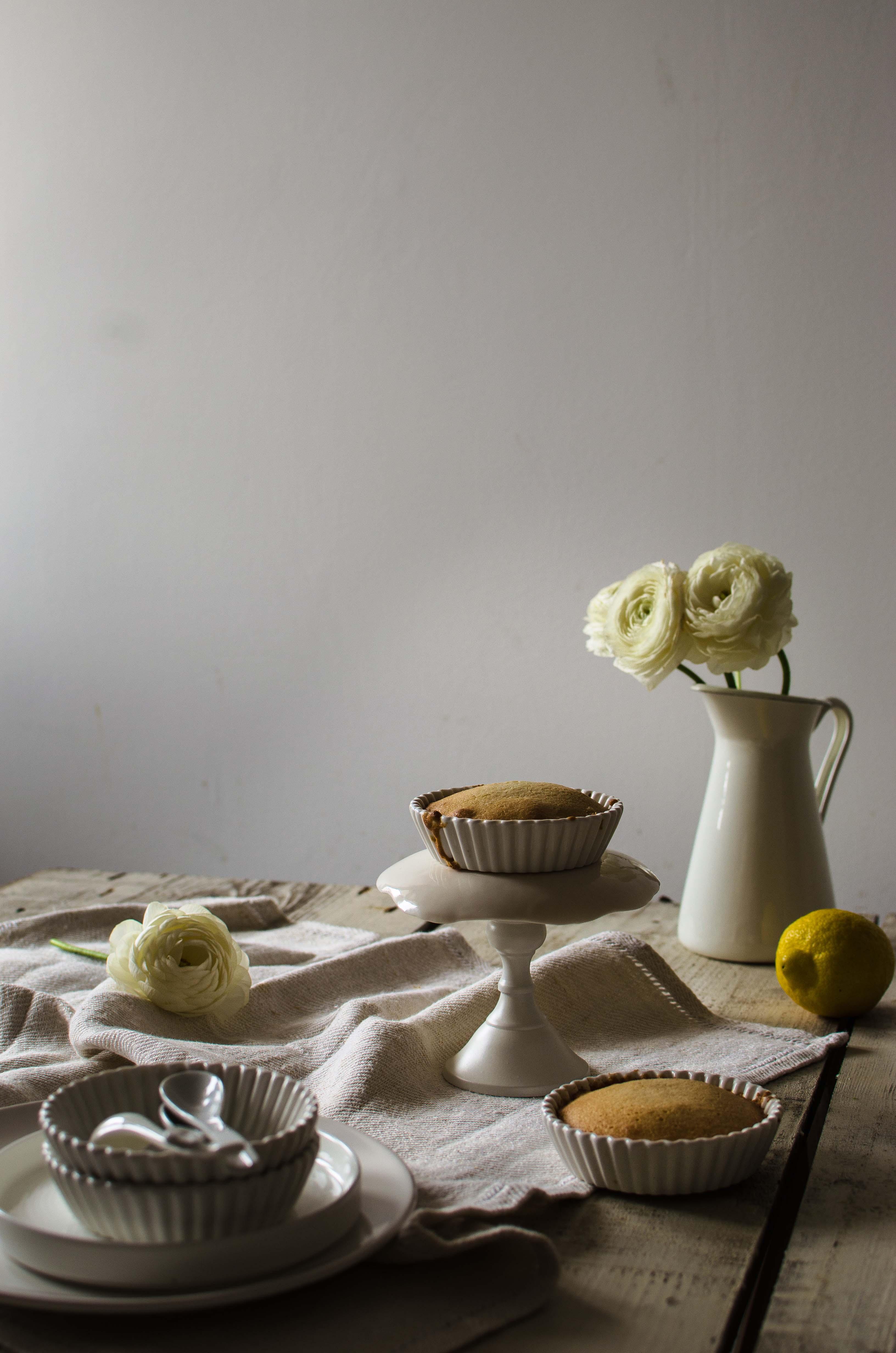 financier_limone_meringa Financiers alle mandorle, crema al limone e meringa