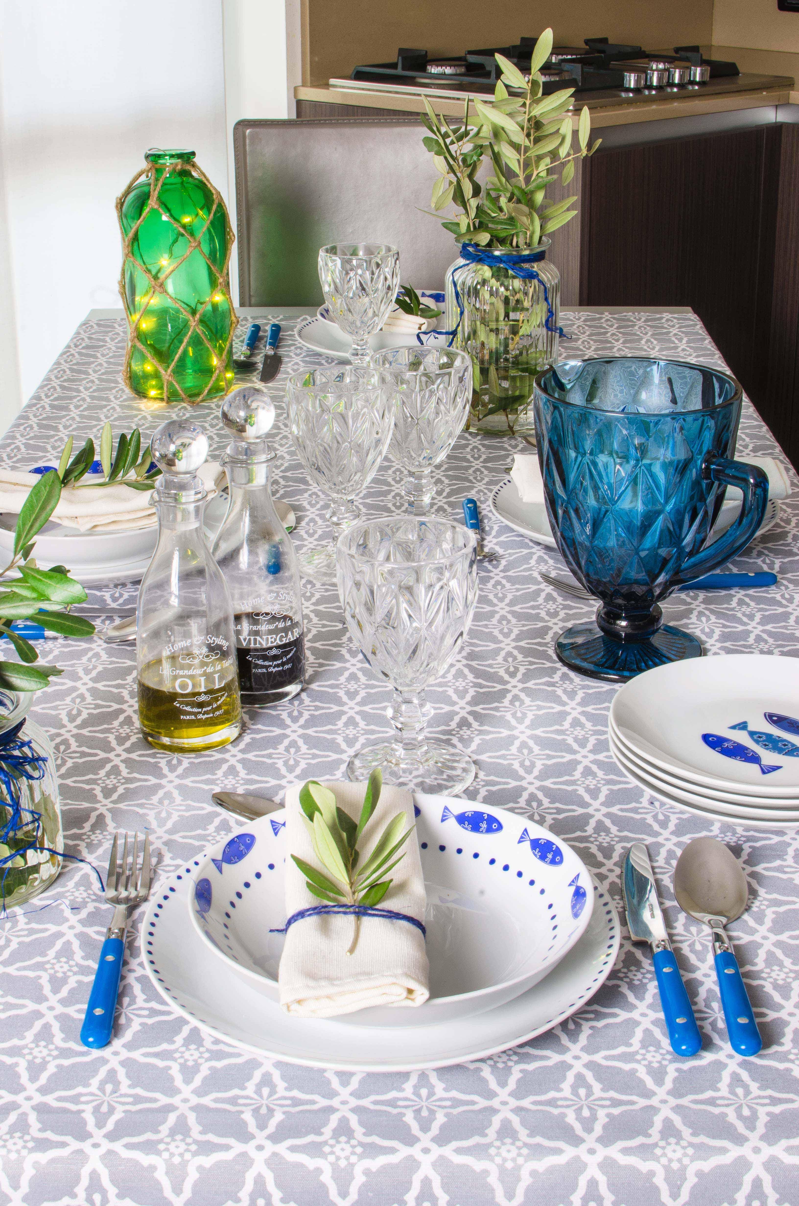 euronova-tavola-blu-apparecchiata La mia tavola blu mediterraneo