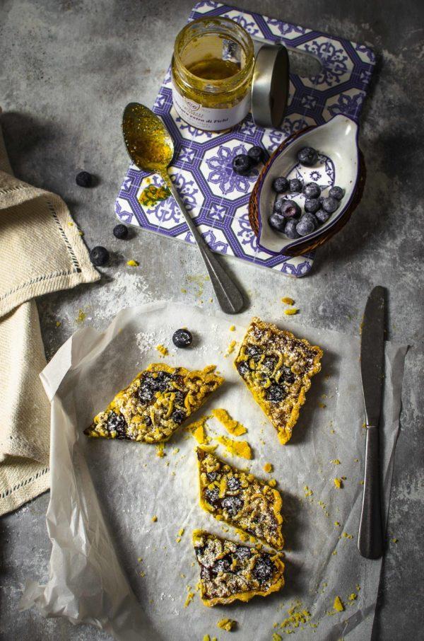corstata-confettura-fichi-colazione-600x906 Crostata con farina di mais, confettura di fichi e mirtilli freschi