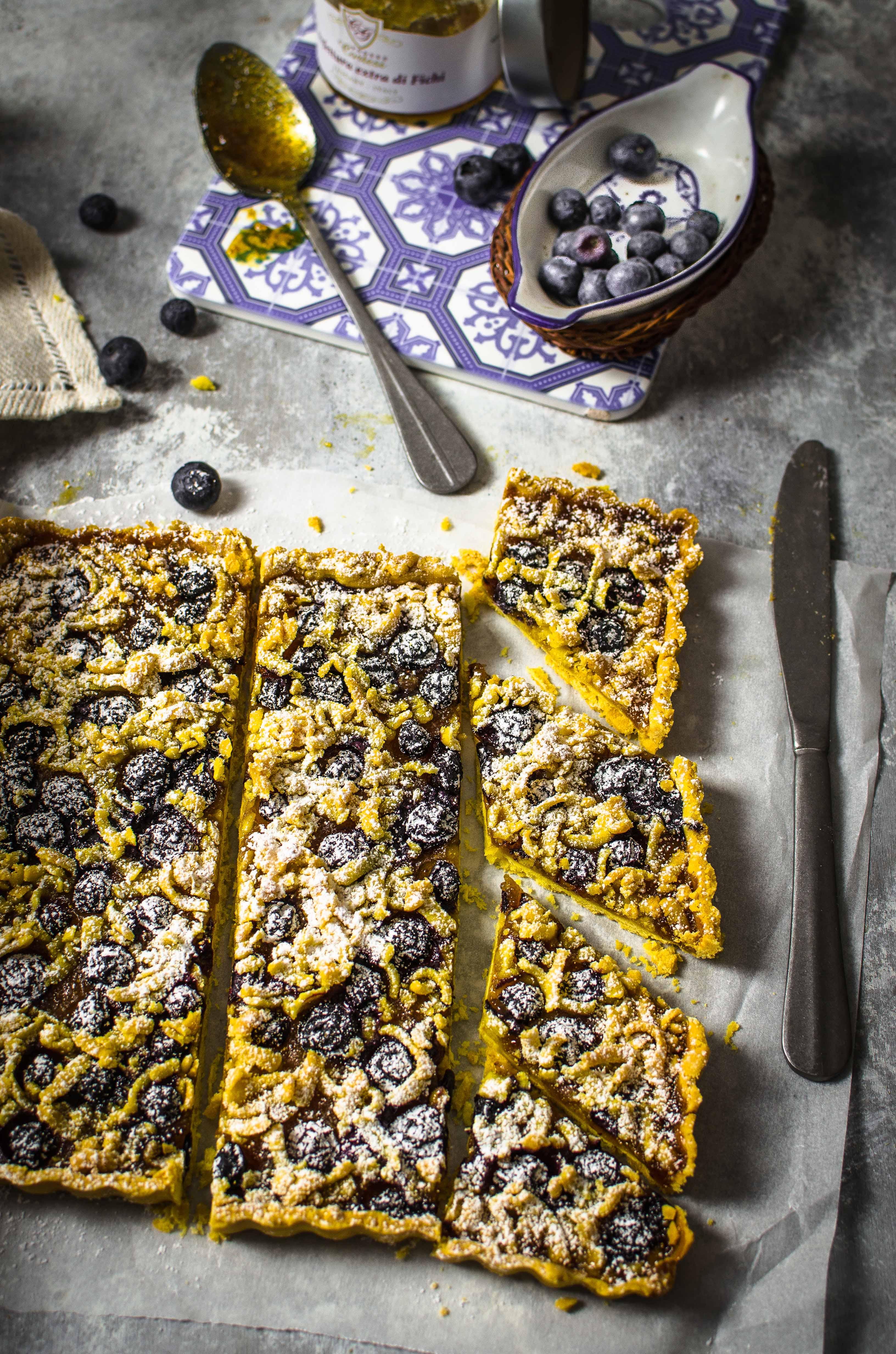 corstata-confettura-home-made Crostata con farina di mais, confettura di fichi e mirtilli freschi