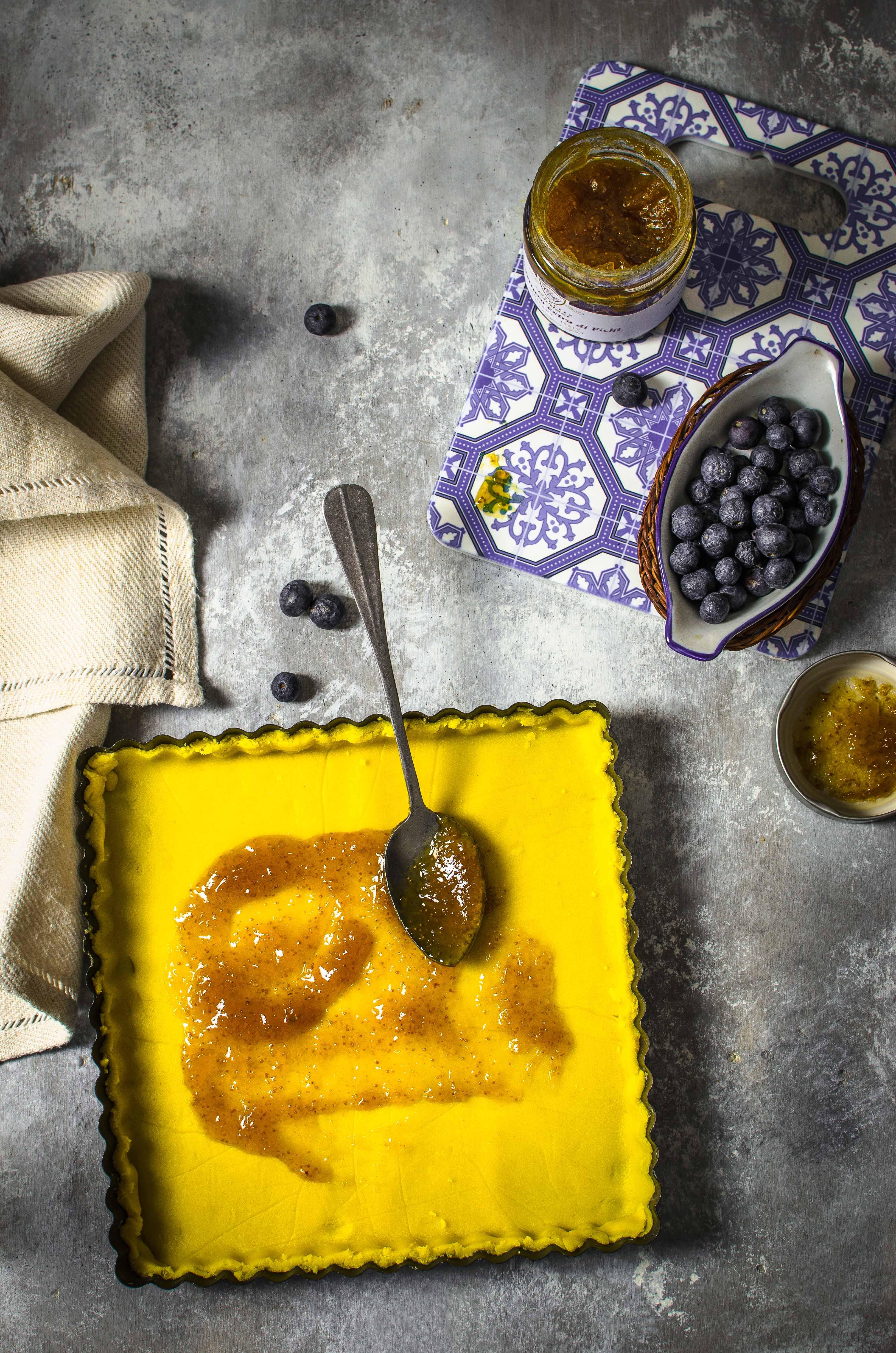 corstata-farina-mais Crostata con farina di mais, confettura di fichi e mirtilli freschi