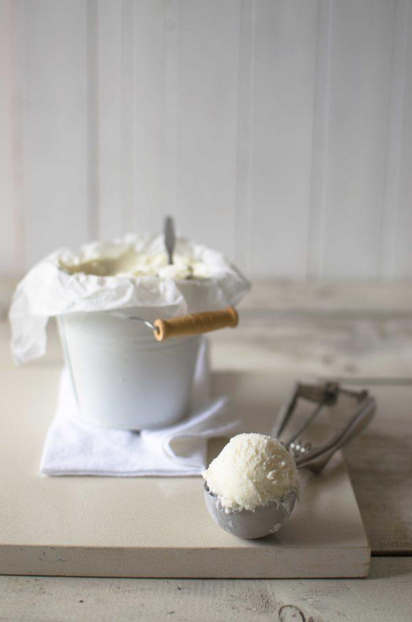 gelato-vaniglia-fatto-in-casa-600x906 Gelato alla vaniglia