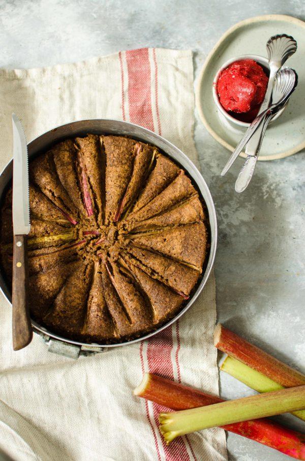 torta-al-rabarbaro-600x906 Torta al rabarbaro