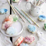 Macarons nuvoletta al cioccolato bianco, lavanda e pesche