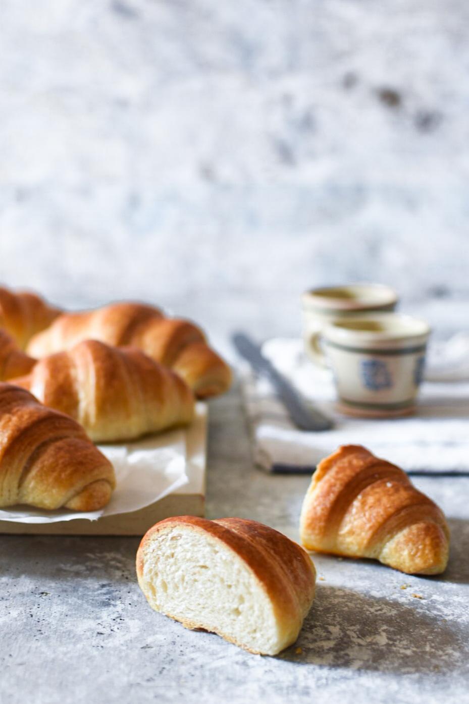 2ECAD6A4-1AD7-43CA-8322-1272FDD55BA4 Croissant semplici