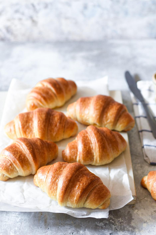 73E0595A-2477-416A-A1E9-F50AB909A77F Croissant semplici